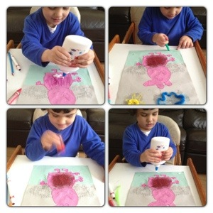 Decorating Peppa and Grass