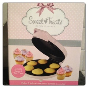 Mini Cupcake Maker by Prezzybox