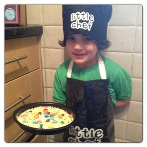 Little Chef and Chocolate Pizza